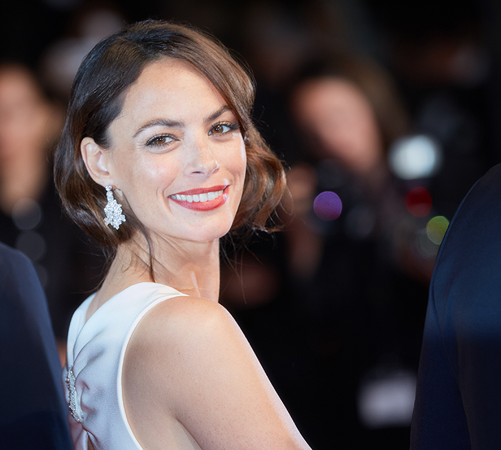 CANNES, FRANCE - MAY 21: Berenice Bejo attends the 'Redoubtable (Le Redoutable)' screening during the 70th annual Cannes Film Festival at Palais des Festivals on May 21, 2017 in Cannes, France. (Photo by Kristina Nikishina/Epsilon/Getty Images)