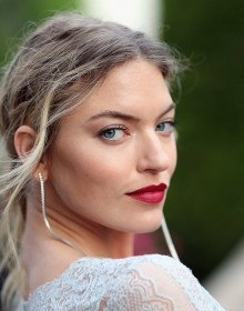 CAP D'ANTIBES, FRANCE - MAY 25:  Martha Hunt arrives at the amfAR Gala Cannes 2017 at Hotel du Cap-Eden-Roc on May 25, 2017 in Cap d'Antibes, France.  (Photo by Chris Jackson/French Select for amfAR )